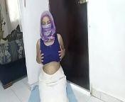 Real Praying HIJAB Islam Mom الجنس العربي Then Masturbating Creamy Pussy To Orgasm ARAB SEX PORN HIJAB from sex carab hijab videyow dawajana 2i local aunty